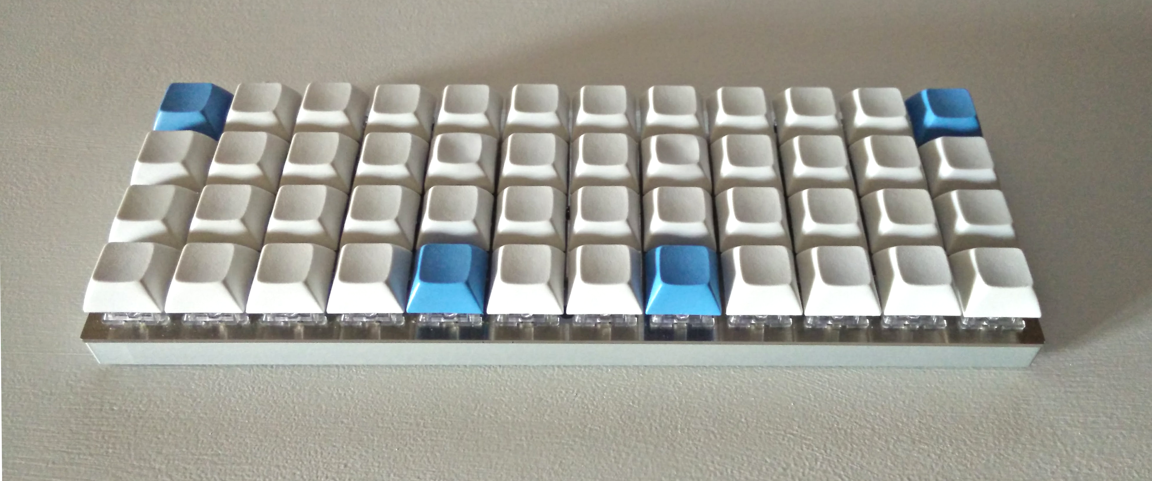The (infinite) quest for the perfect keyboard and layout · Simone Gotti